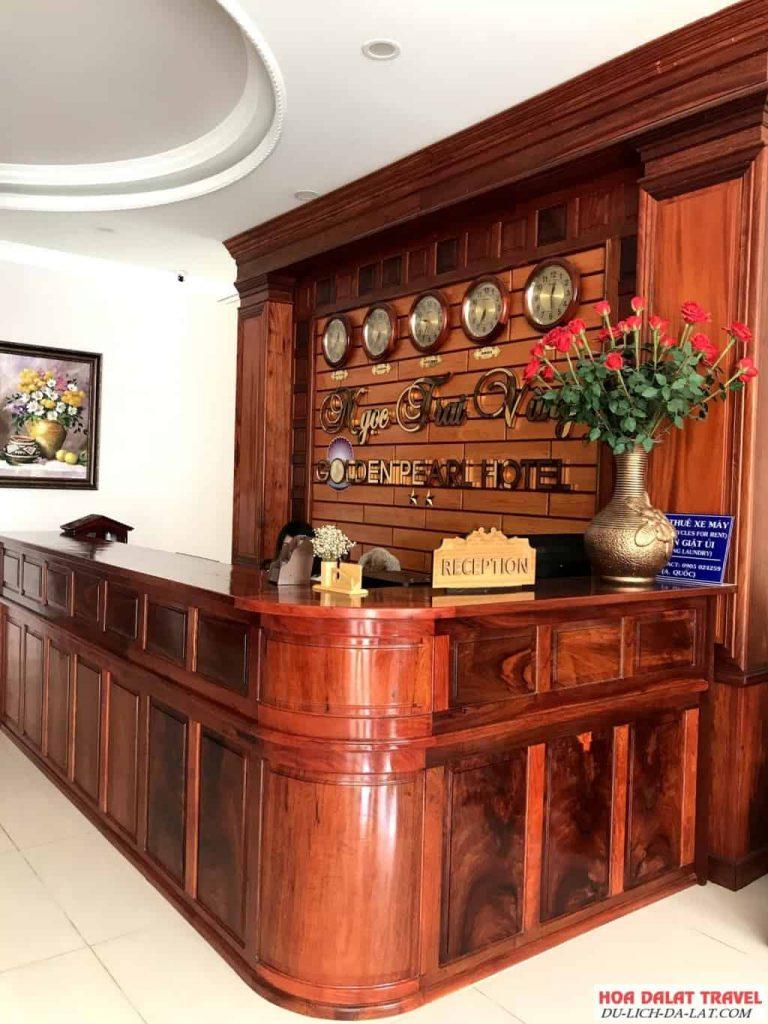 Khách sạn Ngọc Trai Vàng