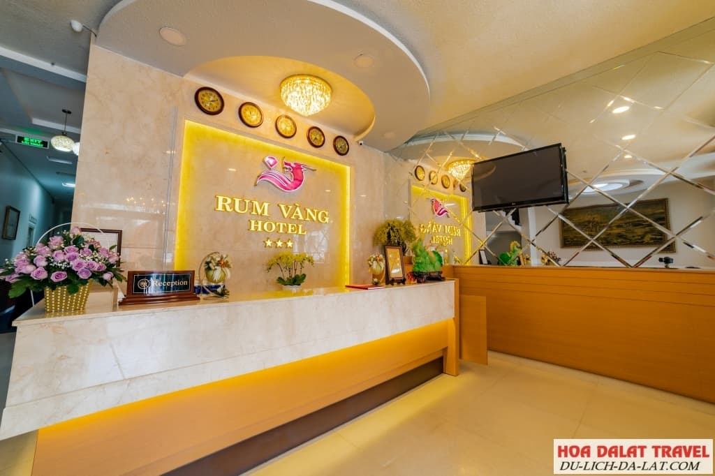 Khách sạn Rum Vàng