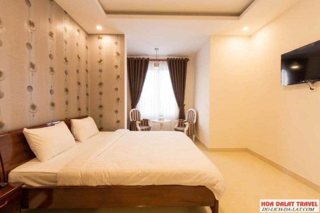 Khách sạn Sơn Thủy 2 Đà Lạt- phòng ngủ