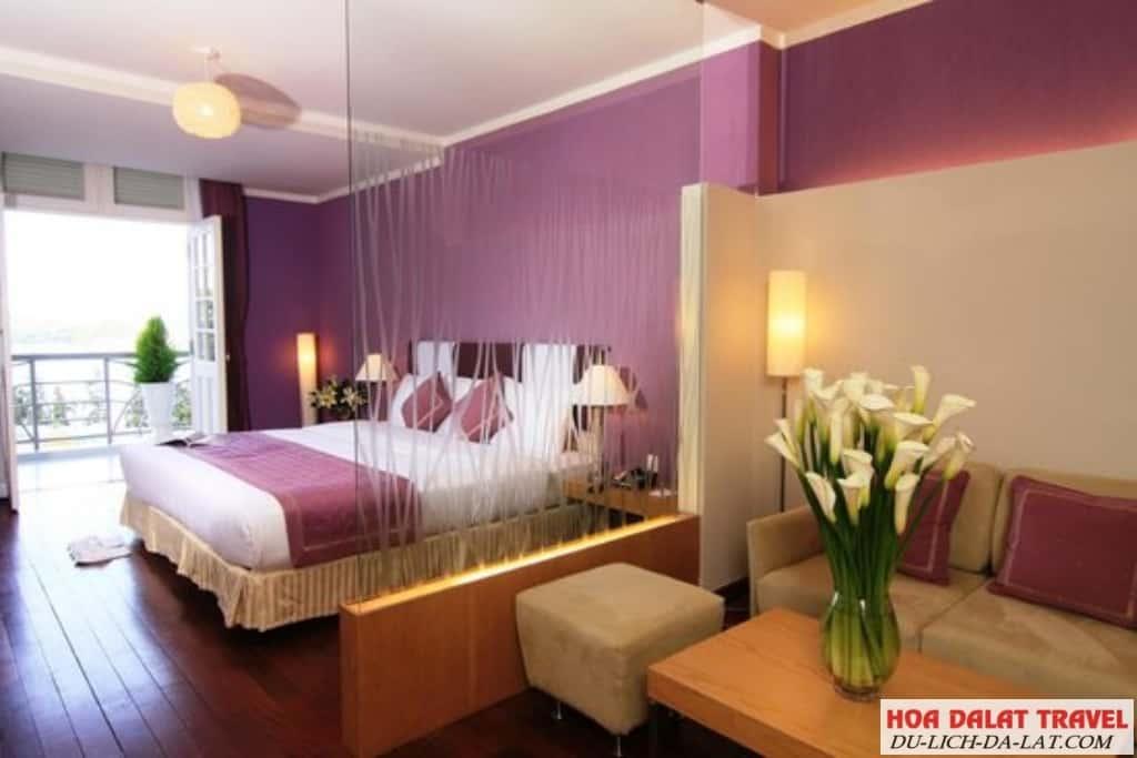 Khách sạn TTC Ngọc Lan - không gian