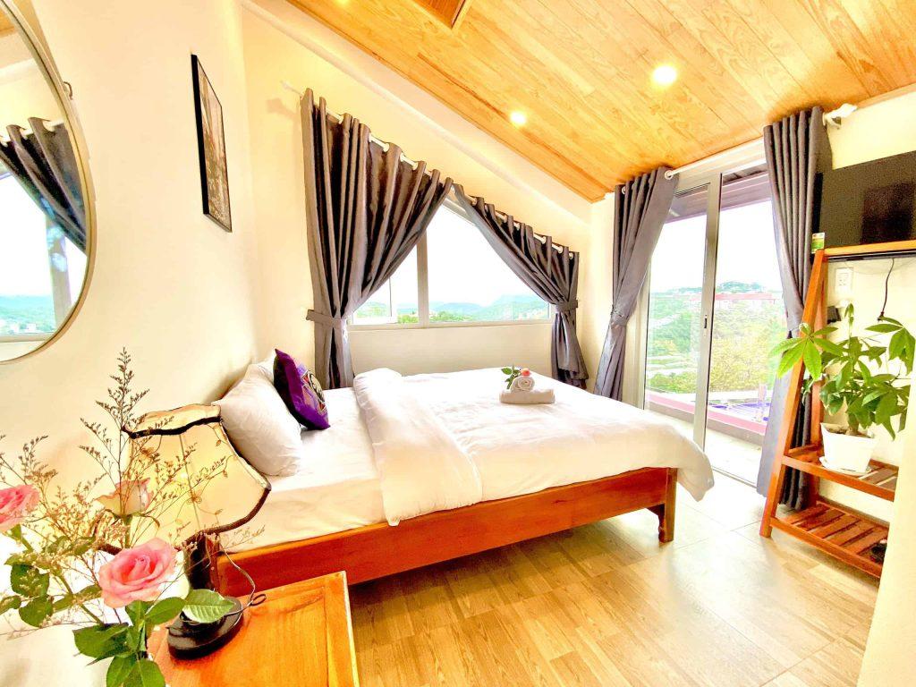 Khách sạn giấc mơ hồng tại Đà Lạt