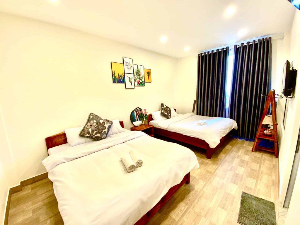 Phòng khách sạn giấc mơ hồng Đà Lạt