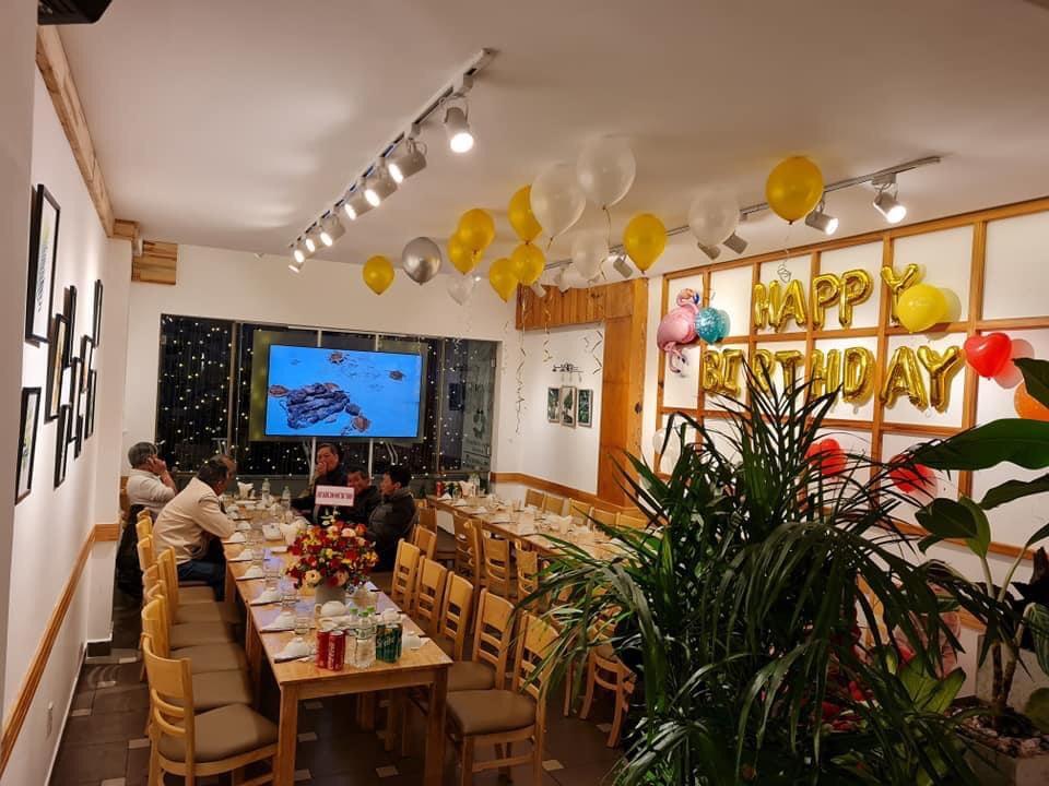 Phòng riêng ở the may Restaurant
