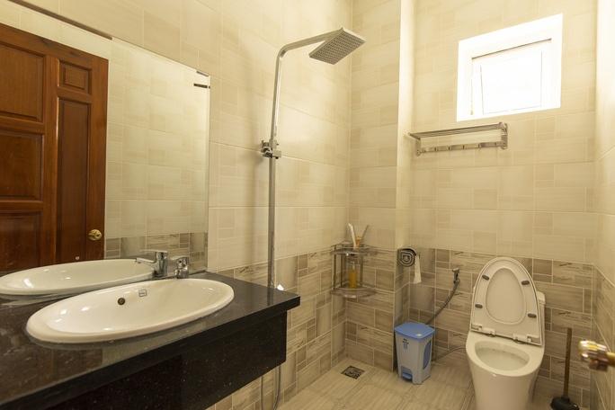 WC ở Rose De lacami villa