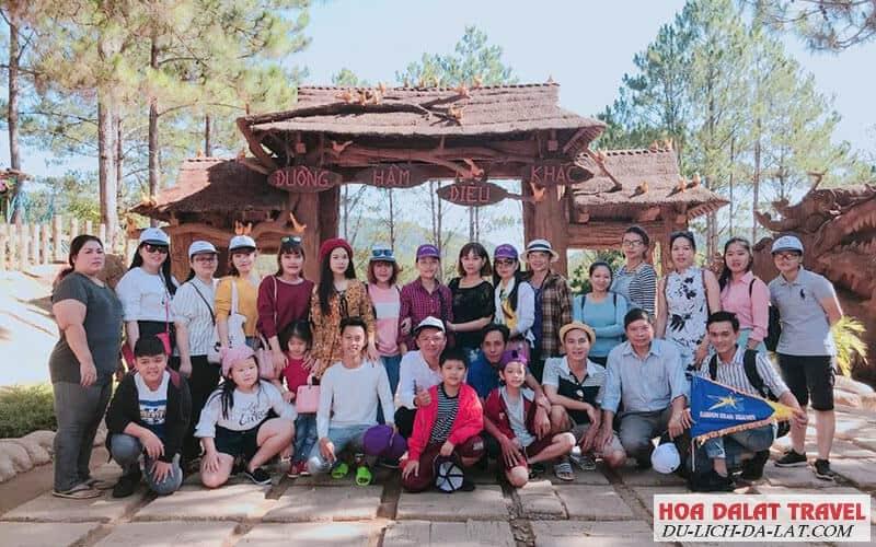 Chương trình tour 1 ngày do Hoa Dalat Travel tổ chức
