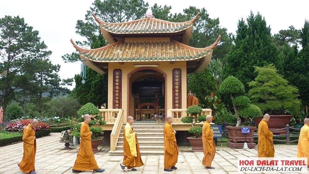 Thiền Viện Trúc Lâm Đà Lạt có gì