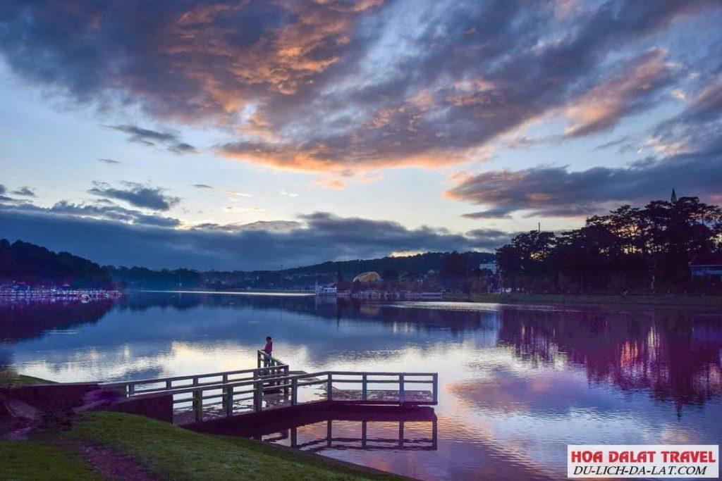 Cảm nhận về Hồ Xuân Hương - cảnh đẹp Đà Lạt