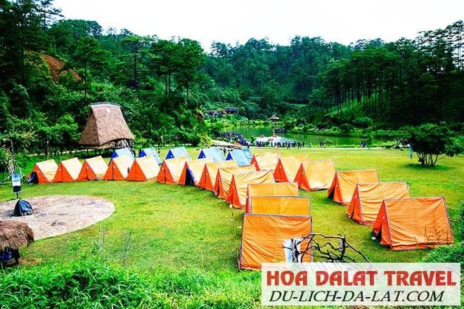 Cắm trại giữa làng Cù Lần