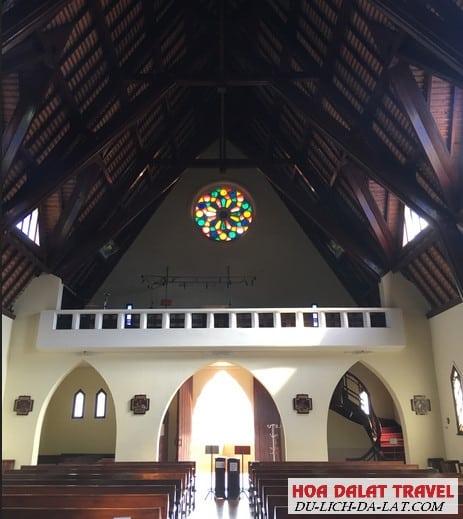Giờ mở cửa nhà thờ Domaine De Marie Đà Lạt
