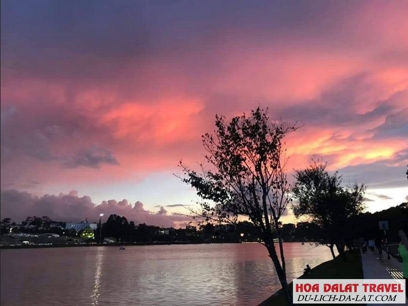Giới thiệu về hồ Xuân Hương ở TP Đà Lạt