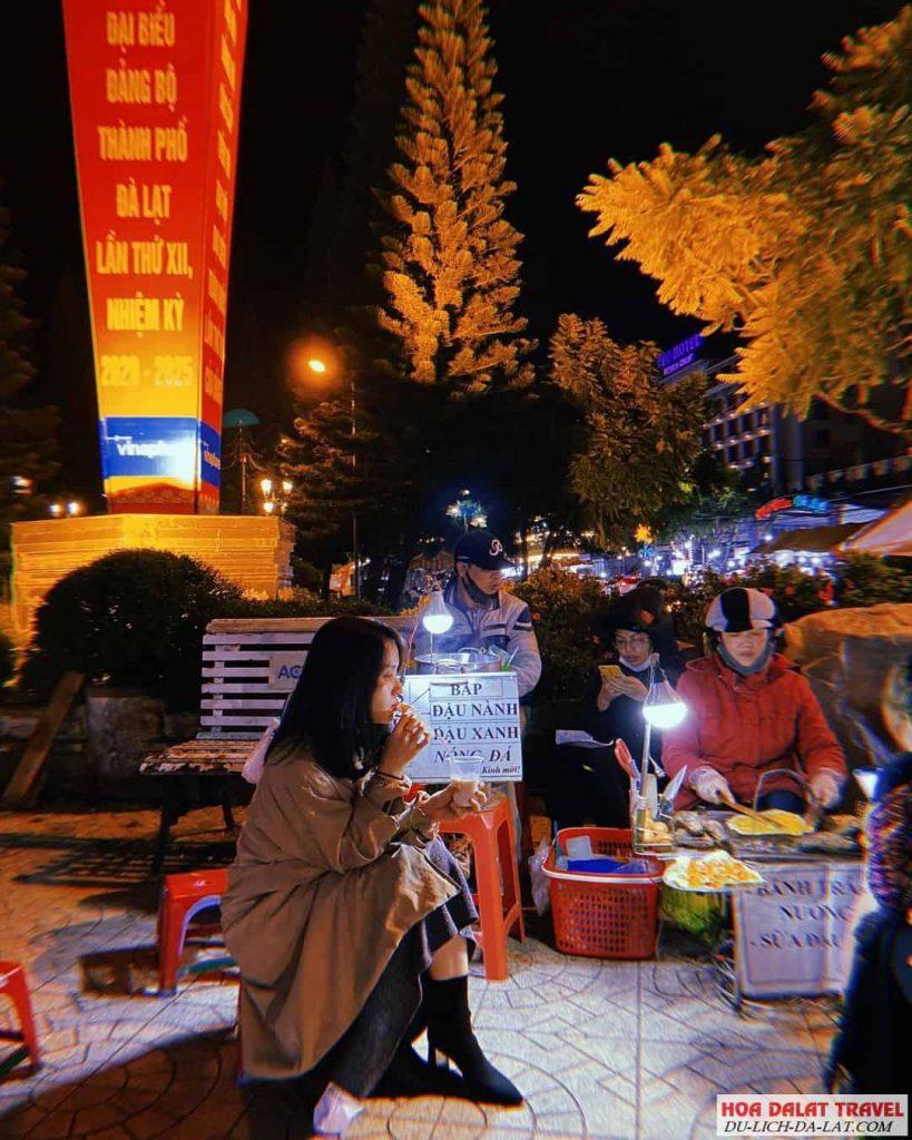 Món ăn ở chợ đêm