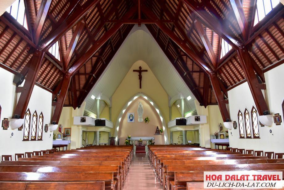Thuyết minh về nhà thờ Domaine De Marie Đà Lạt