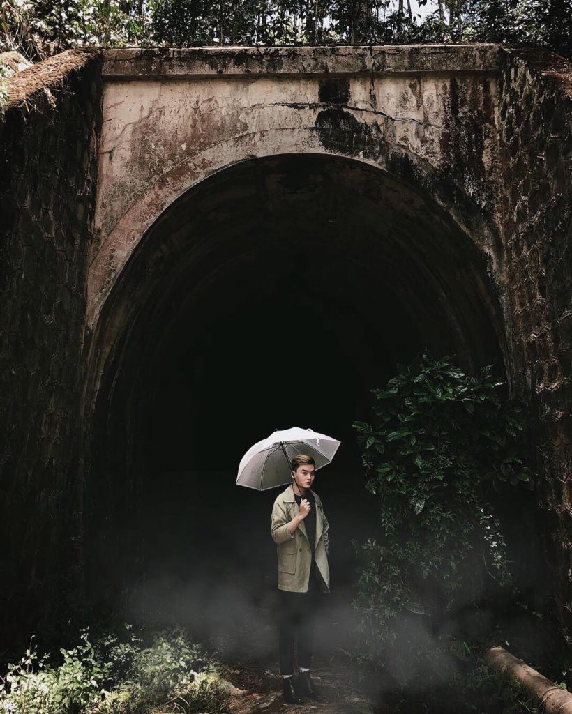 check in đường hầm Hoả Xa