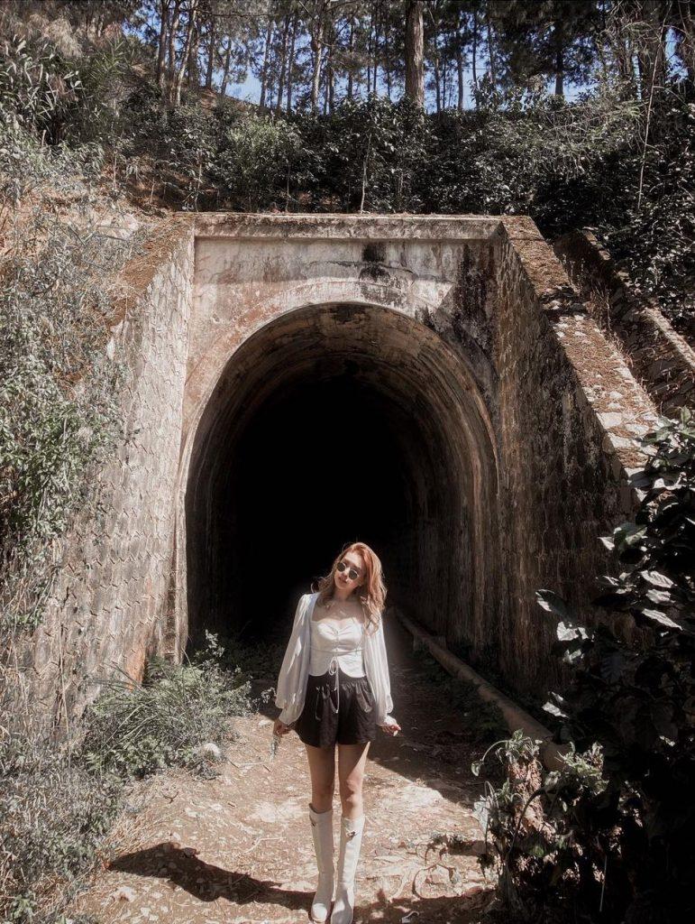 có nên đi đường hầm Hoả Xa Đà lạt