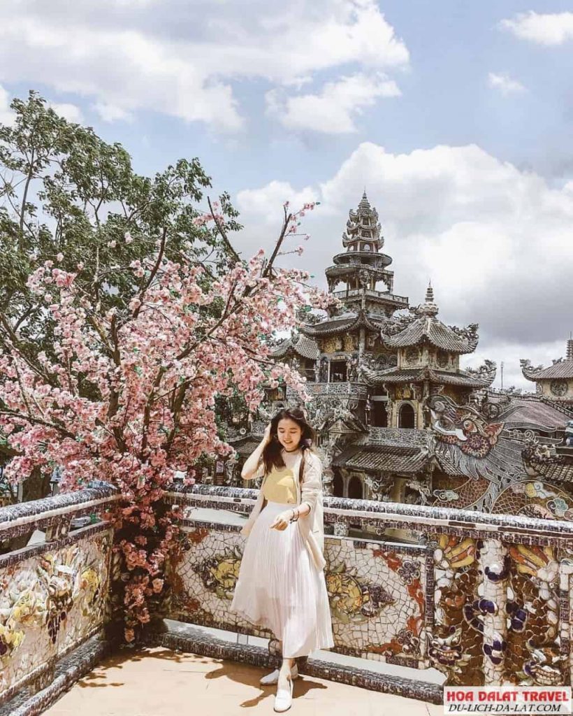 Hình ảnh chùa Linh Phước - check in