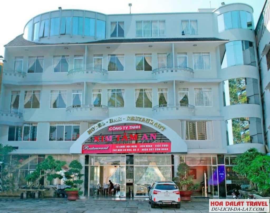 Khách sạn Kim Tâm An