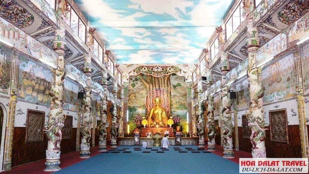 Khu vực nội viện chùa