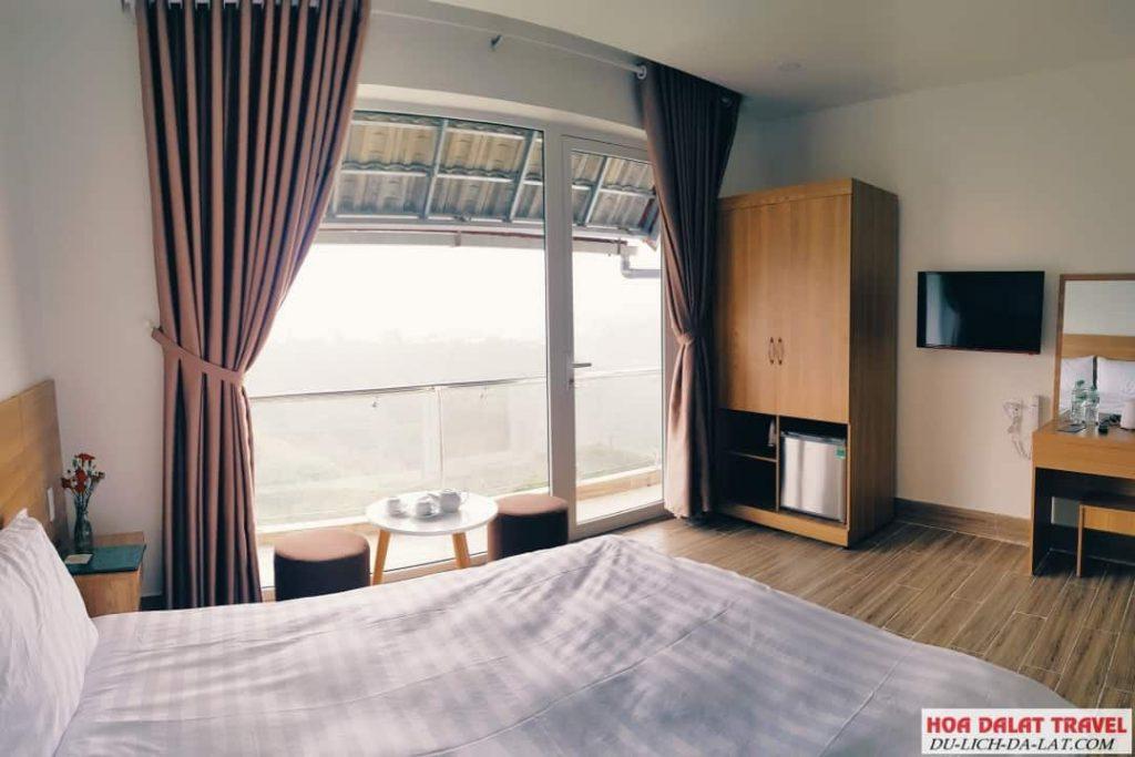 Lacami Dalat Hotel- phòng ngủ