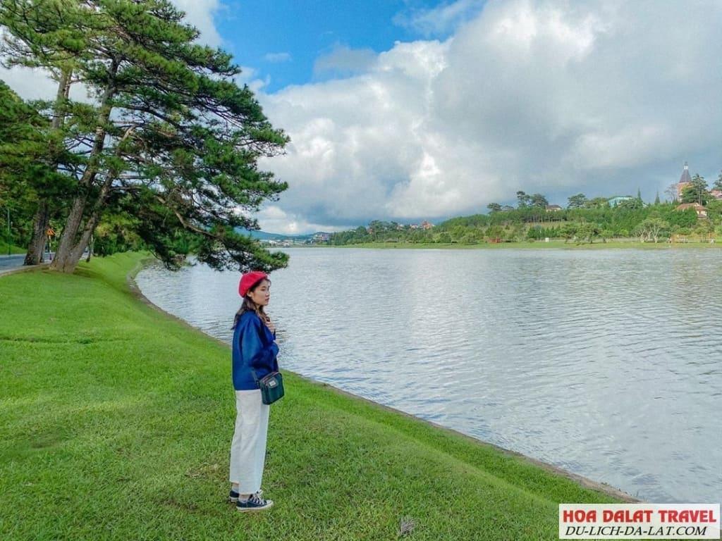 Ngắm hồ Xuân Hương Đà Lạt