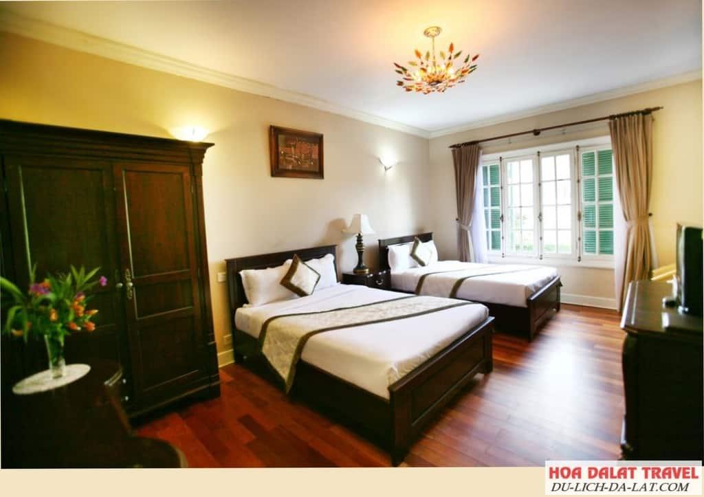 Review khách sạn Cadasa