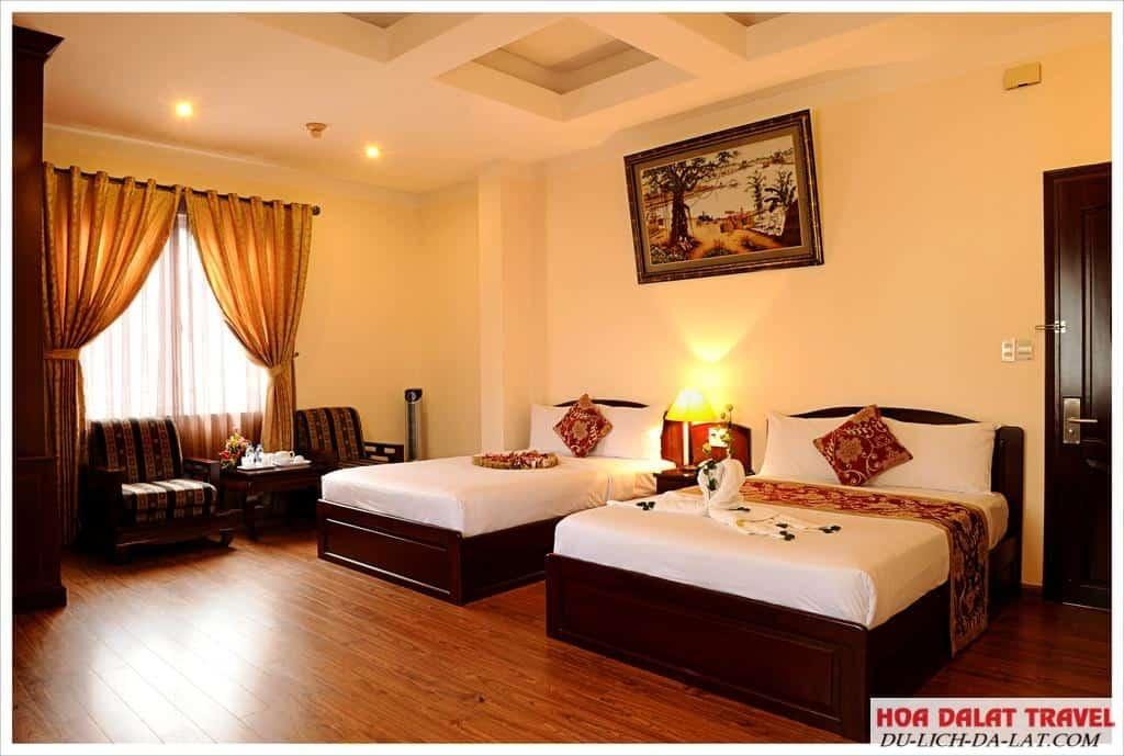Review khách sạn Mai Vàng
