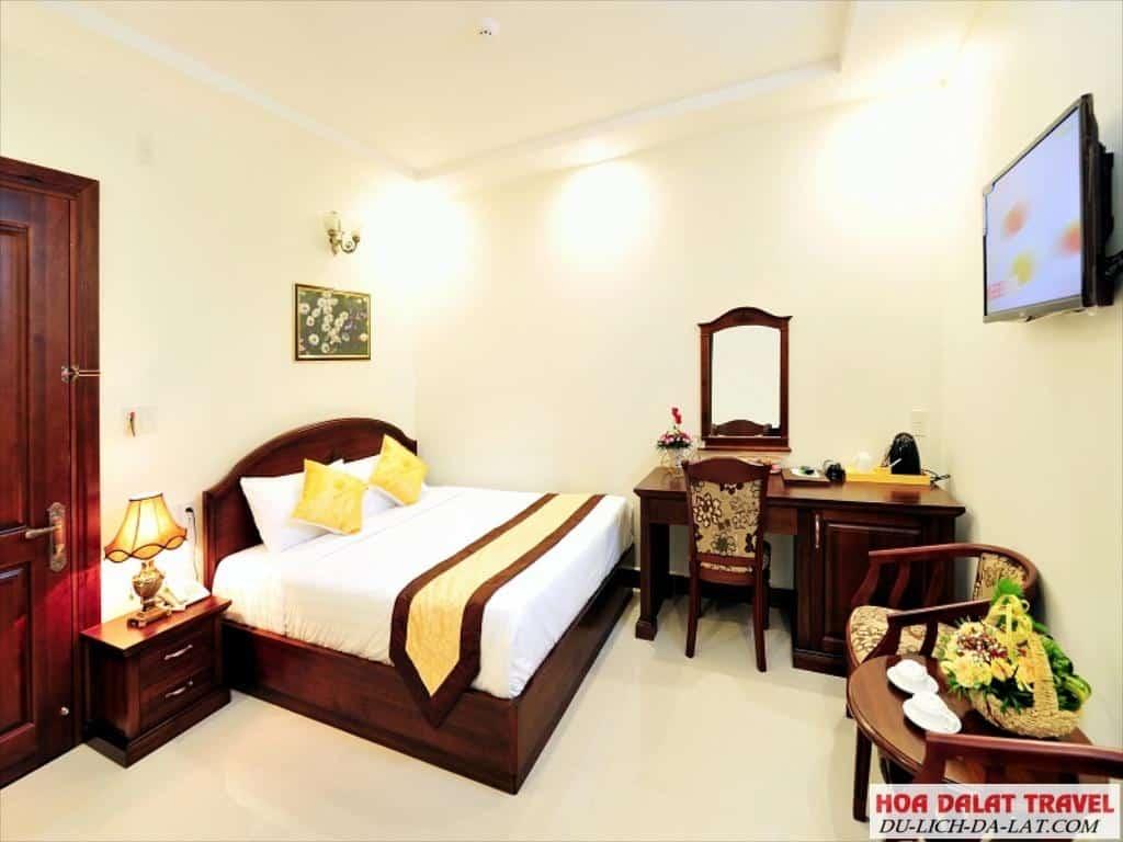 Review khách sạn Marguerite