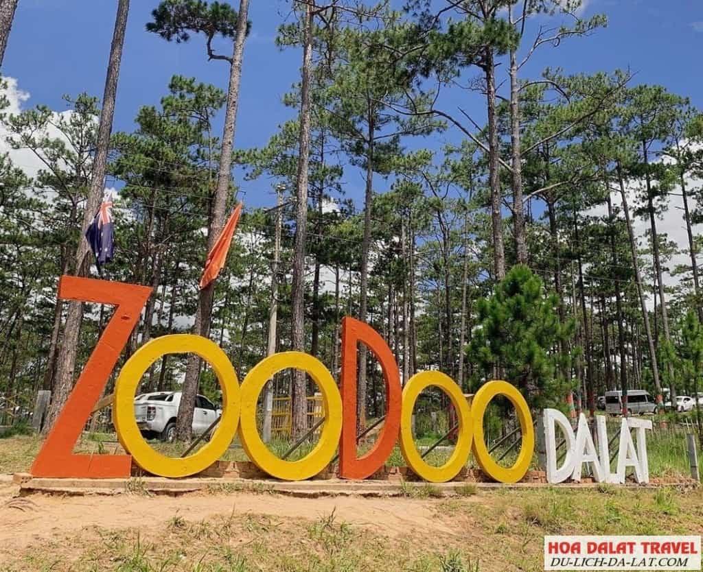 Sở thú Zoodoo cách Đà Lạt bao nhiêu km