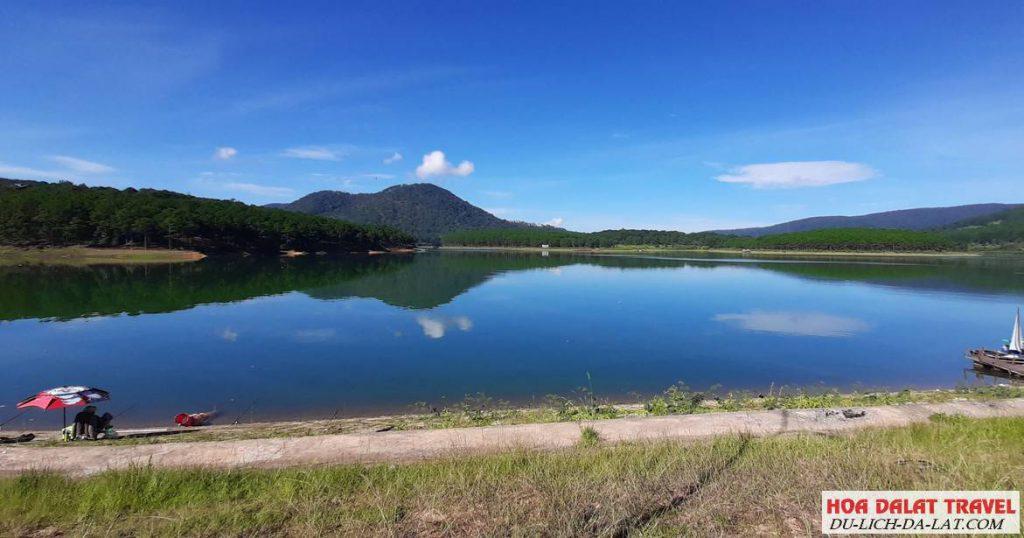 Thắng cảnh hồ Tuyền Lâm