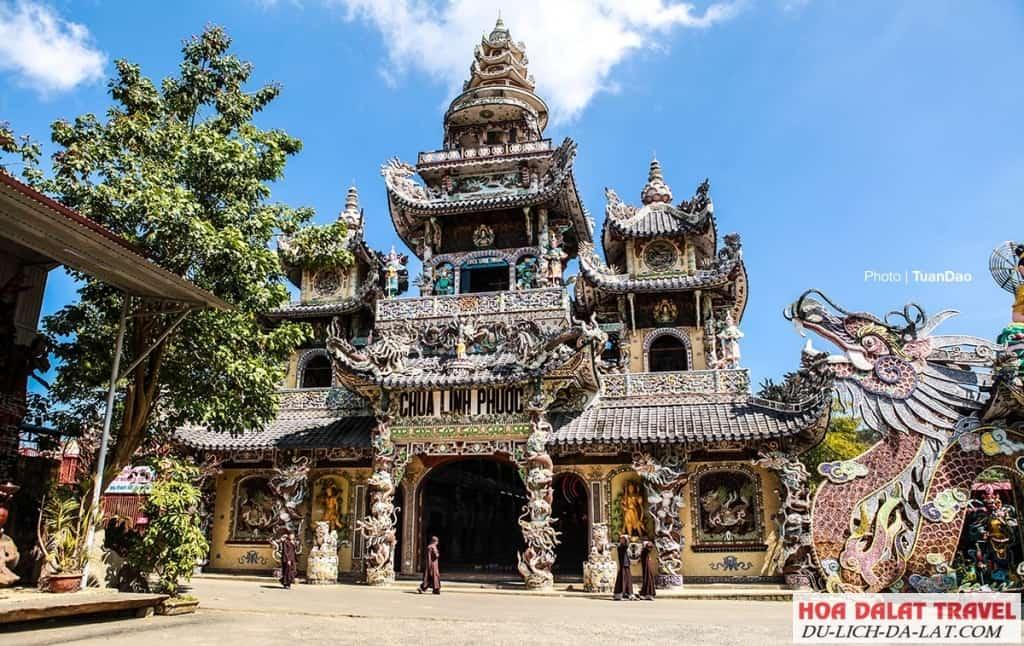 Thuyết minh về chùa Linh Phước